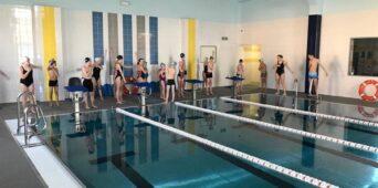 Nasi pływacy trenują w Sieniawie